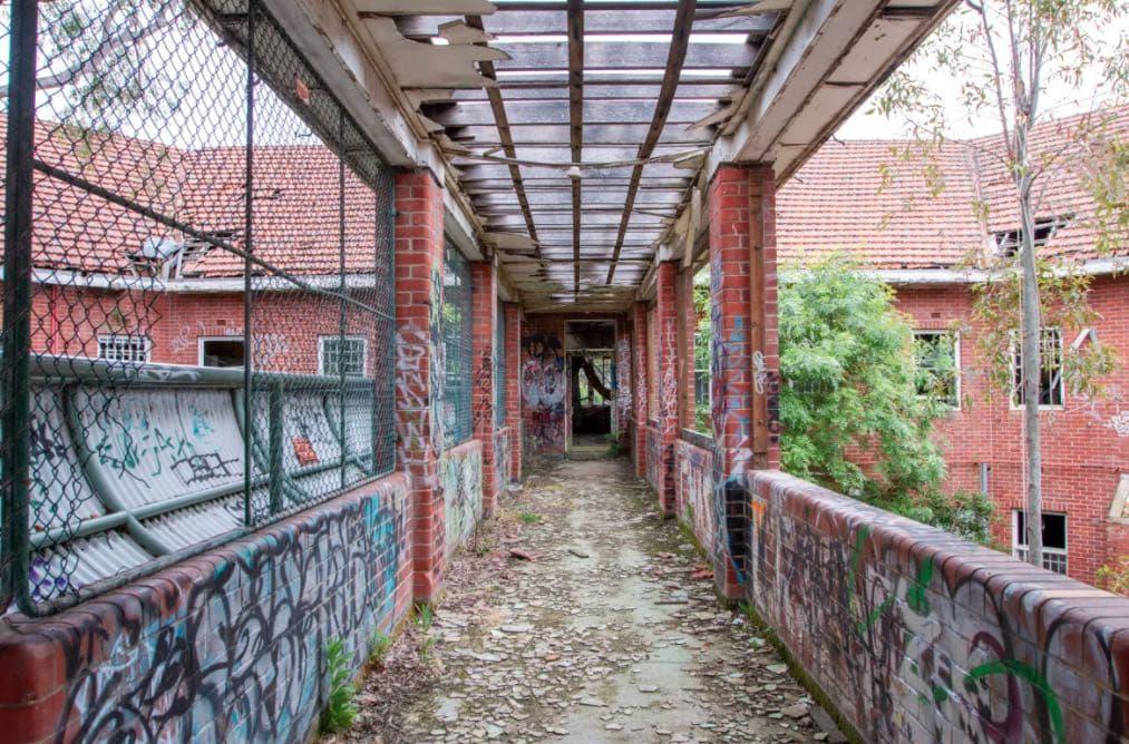 larundel mental asylum ask melbourne